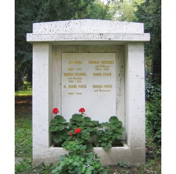 Monument at the grave of the Pálka family in the Lutheran cemetery of old Bratislava.